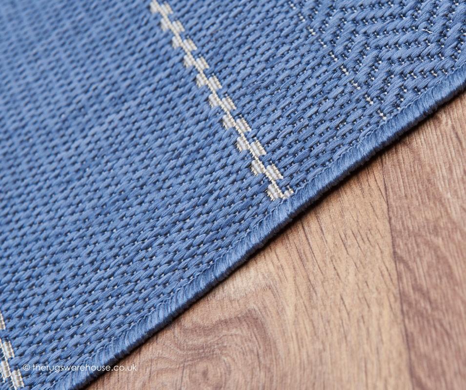 Patio stripes blue rug for Blue striped outdoor rug
